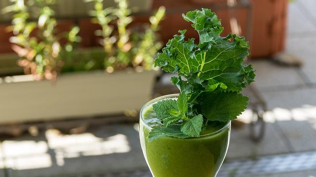 Kalorie w koktajlu smoothie. Jak przygotować zielony koktajl smoothie